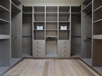 Шкаф в Гардеробную П-Образной формы
