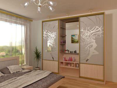 Шкаф-Купе в спальную комнату Пескоструй+Зеркало