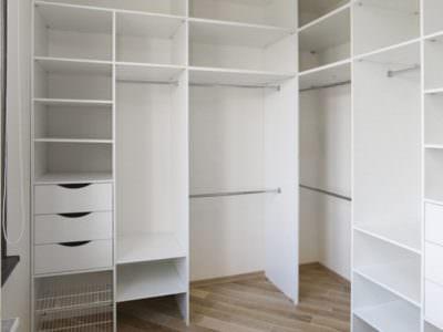 Шкаф в Гардеробную угловой в Белом цвете